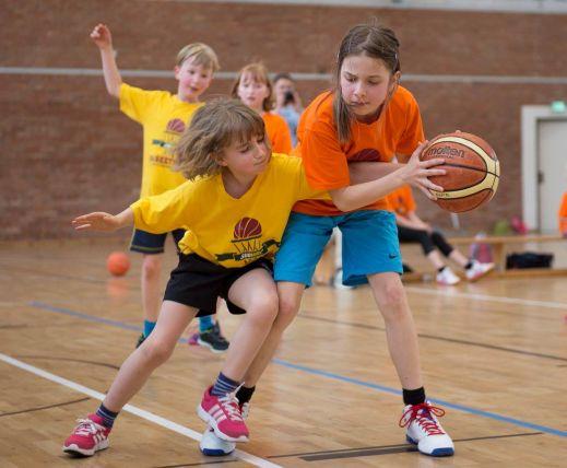 Herzblut und Engagement beim Kampf um den Ball. // Foto: USC Magdeburg