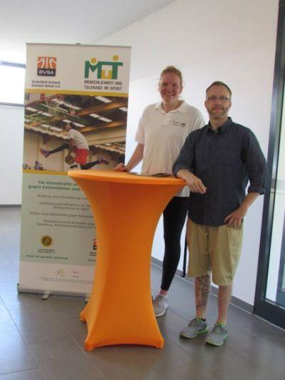 Anna Heise und Landestrainer Christian Steinwerth haben shaben die  jungen Talente beobachtet // Foto: BVSA